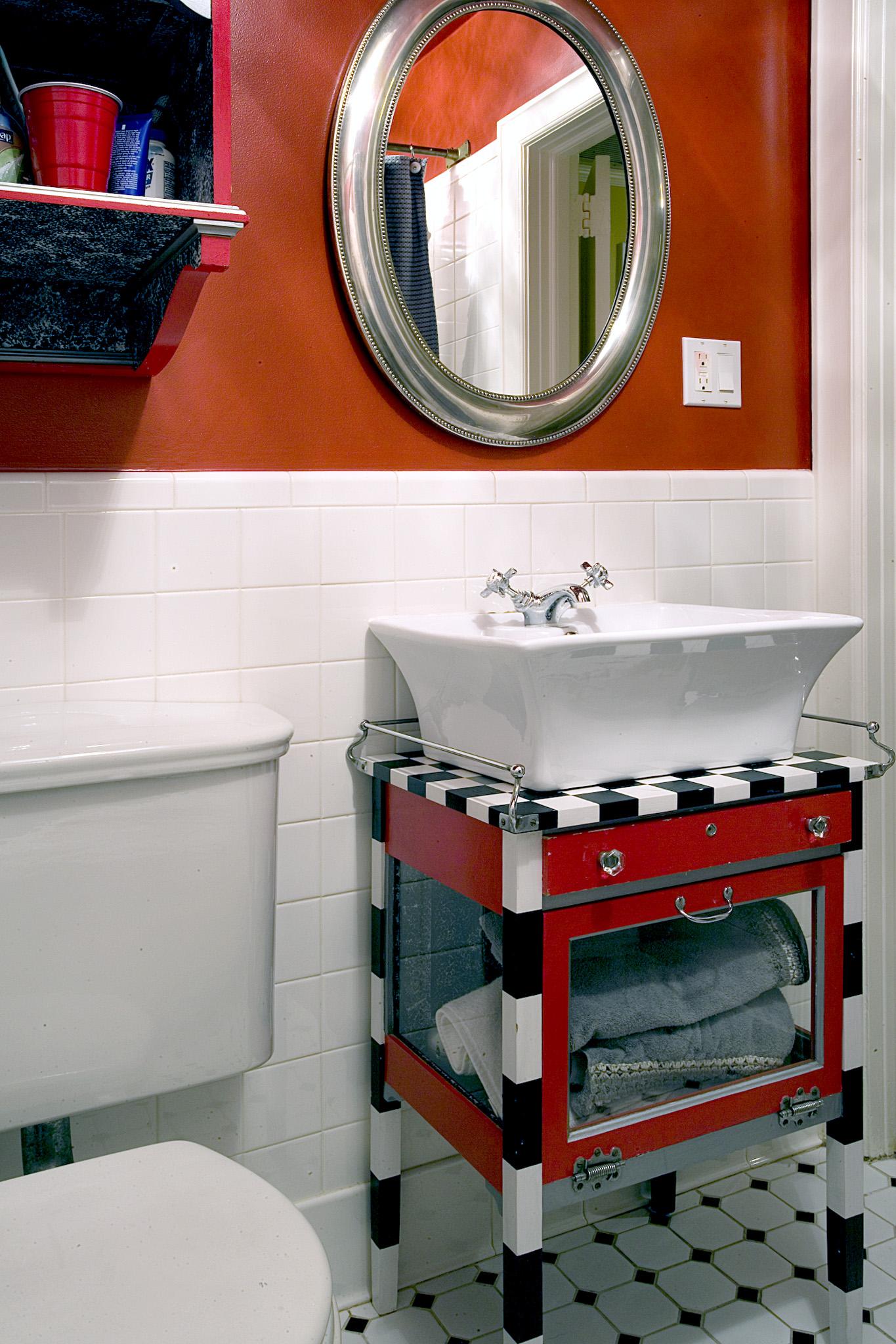 Red Bathroom.jpg