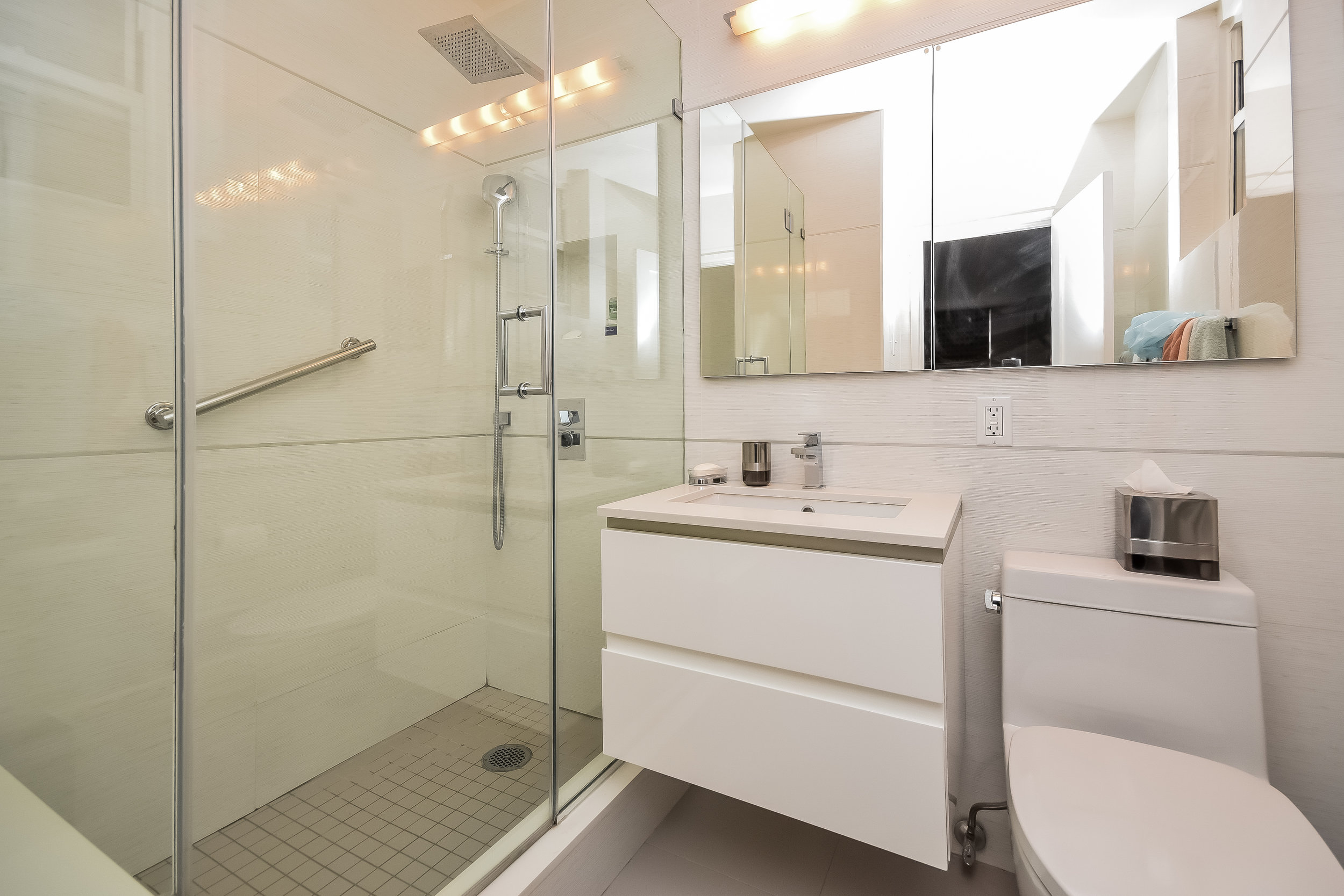 UES Bathroom 4.jpg