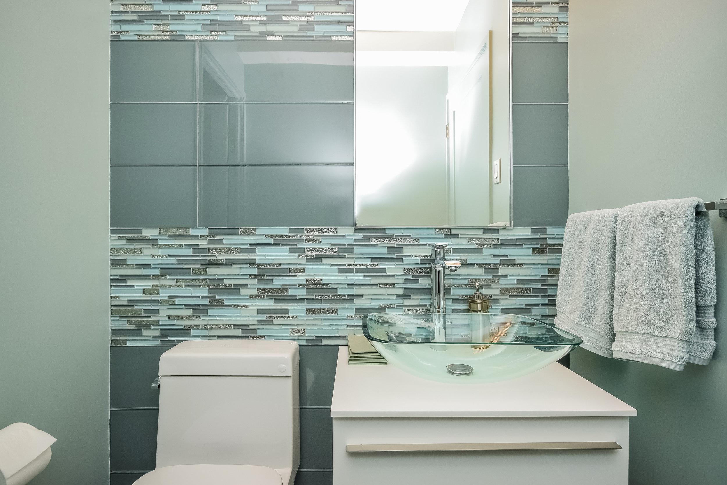 UES Bathroom 3.jpg