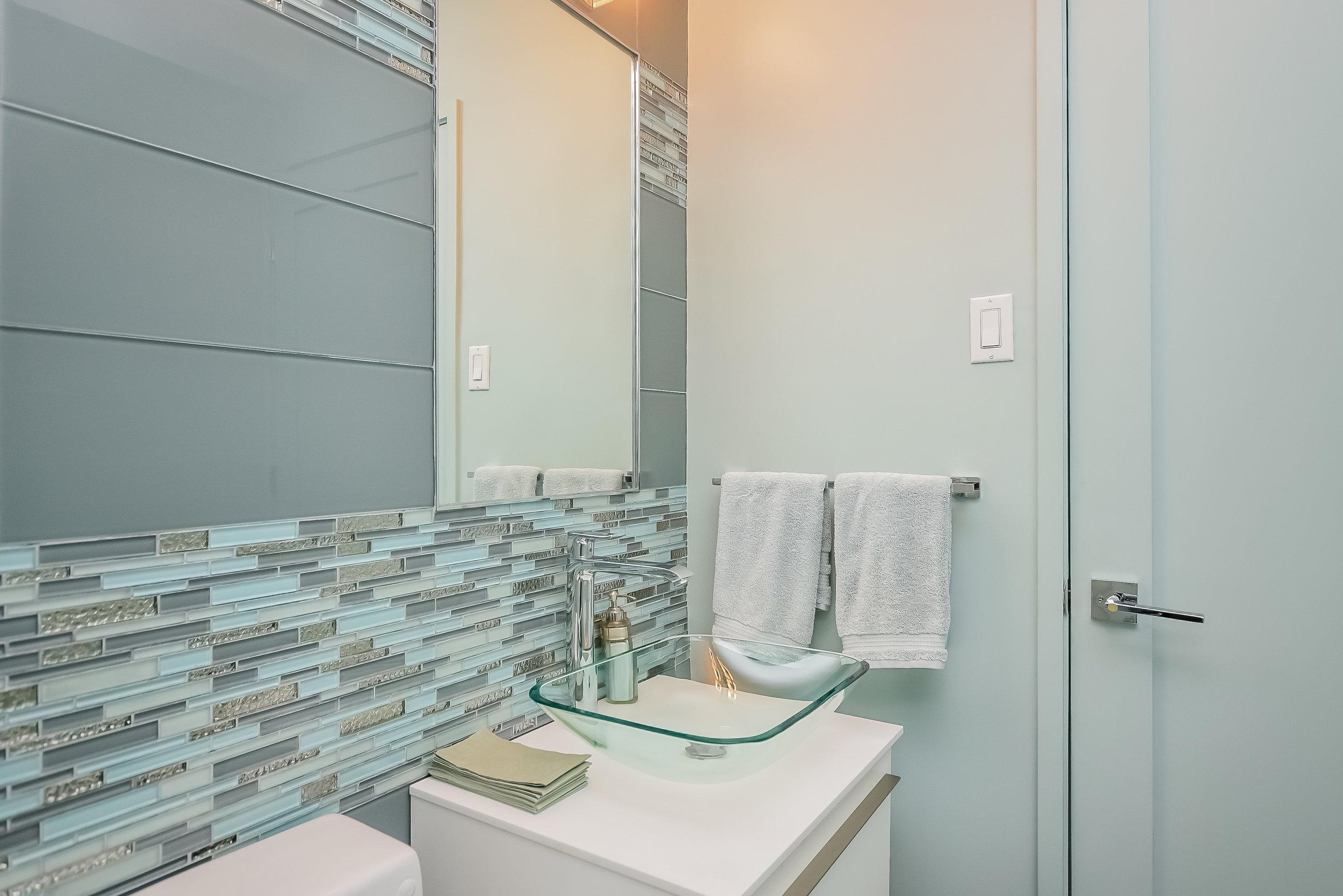 UES Bathroom.jpg