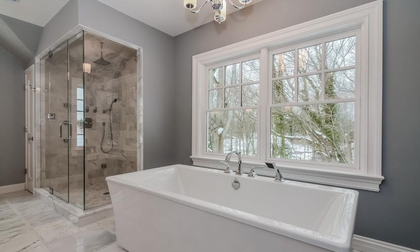 Rockland Master Bath Bathtub.jpg