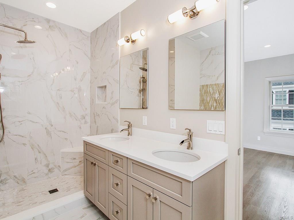 Overlook- Master Bathroom 1.jpg