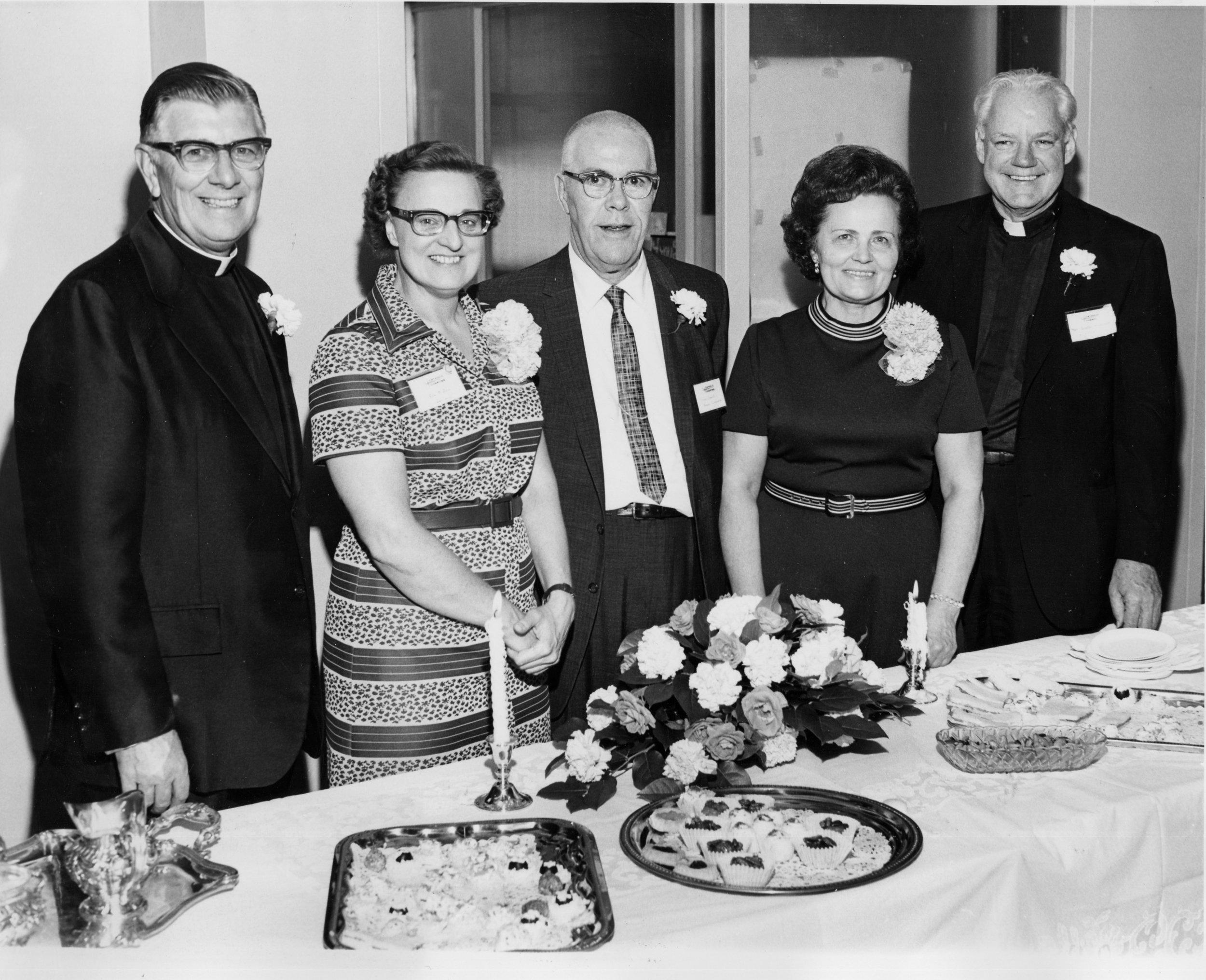 6-B   Msg Holbrook, Rita Field, Sam Grant, Msgr McDermott, Jolia Dec 10-26-71.jpg