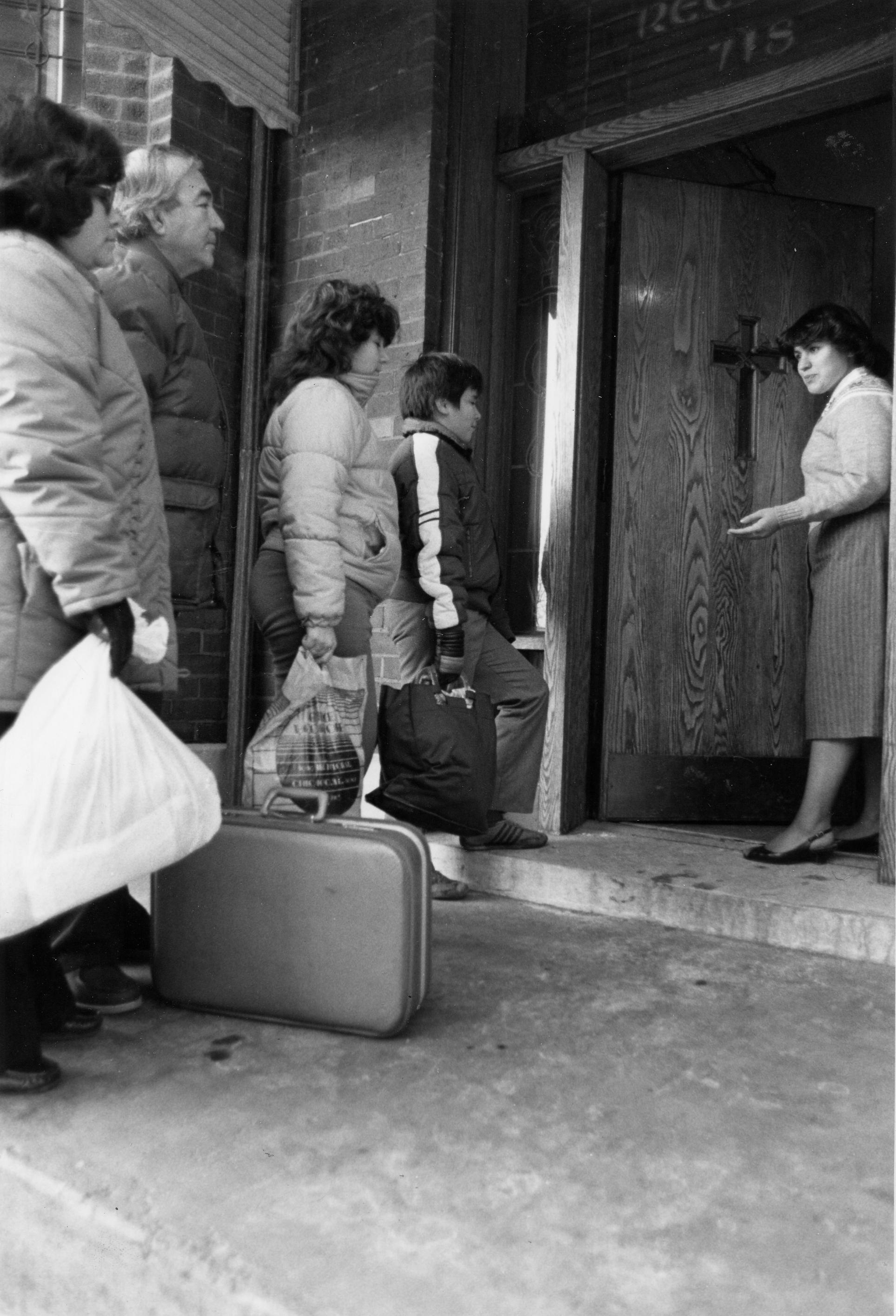 7-T   shelter1987.jpg