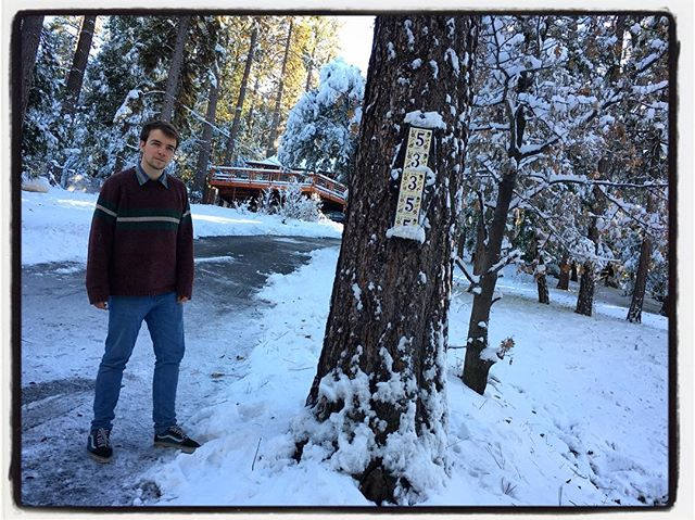 Matt Goulding at Uncle John Goulding's wonderful home in Idyllwild for Christmas. #family #merrychristmas #homefortheholidays #christmas #idyllwild #whitechristmas #snowy
