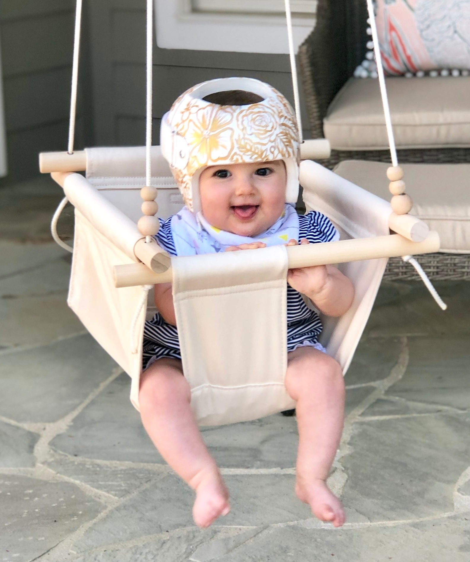 Orthomerica STARband cranial helmet