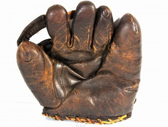 Arguably better than no glove