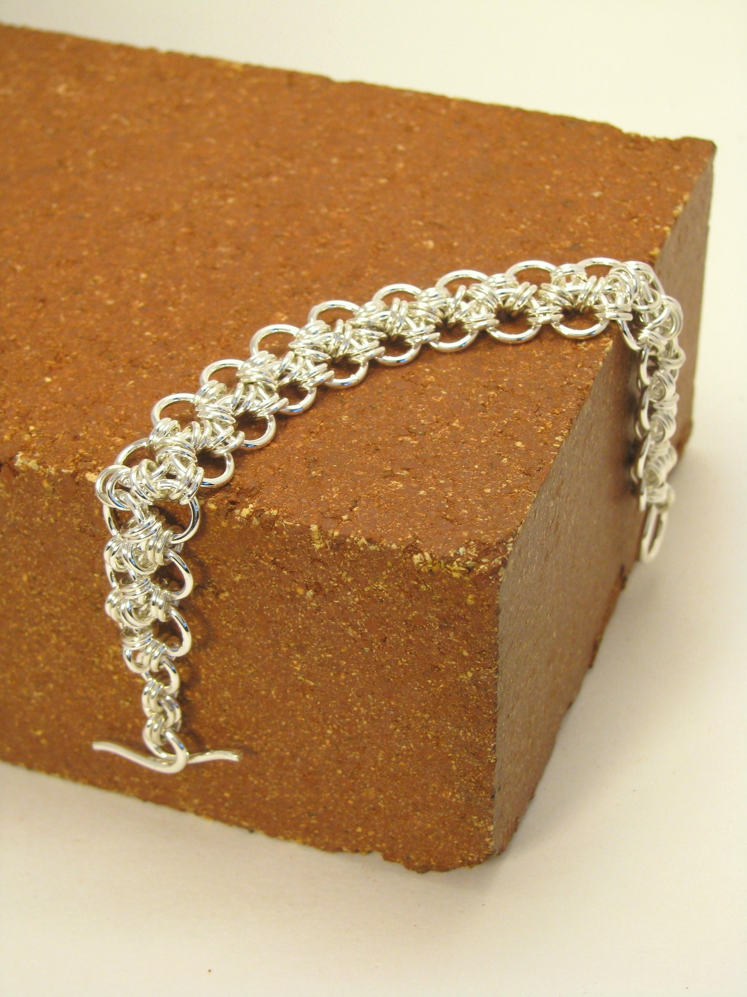 Japanese Lace Bracelet 2 row ER3012-S 180.jpg