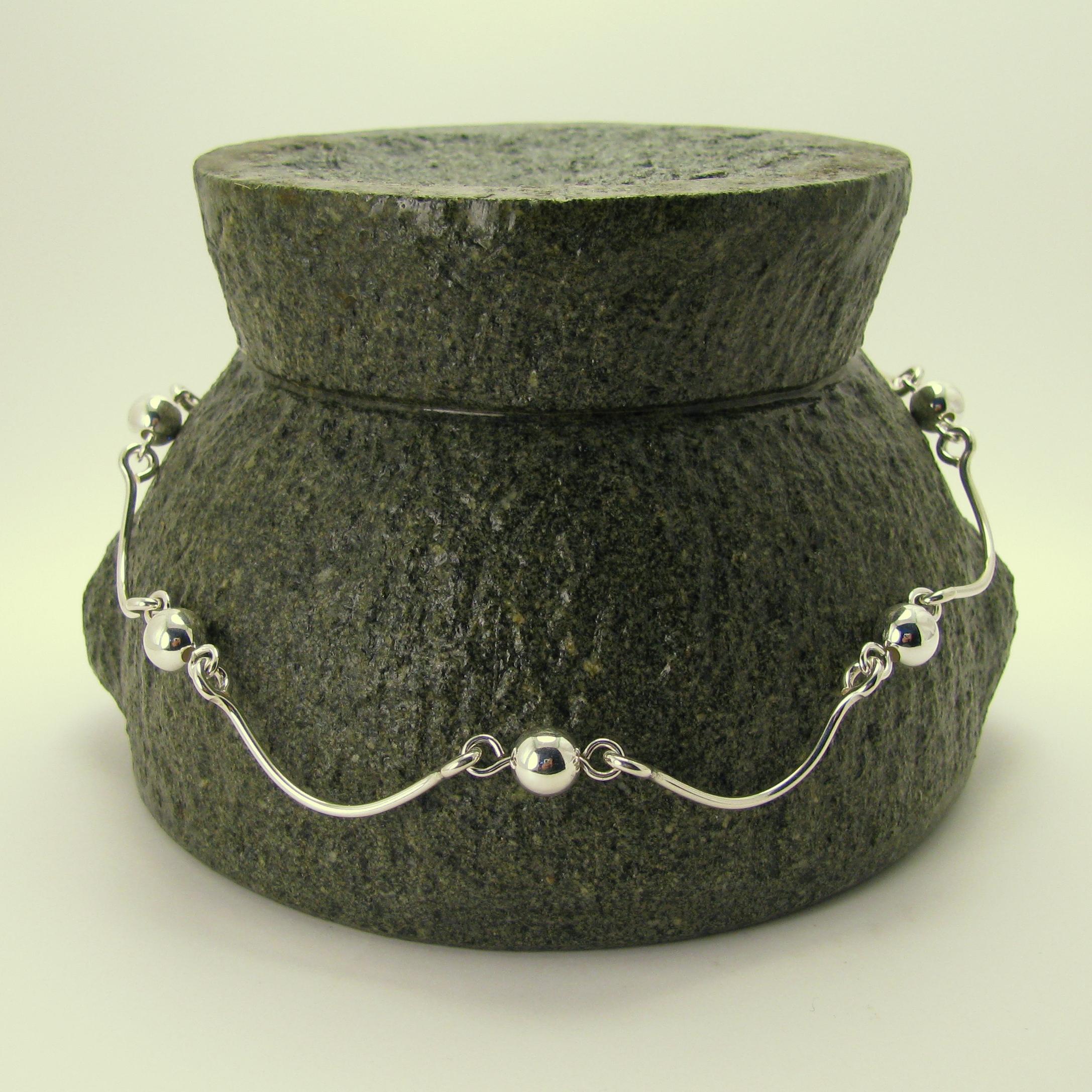 Crescent Necklace.jpg