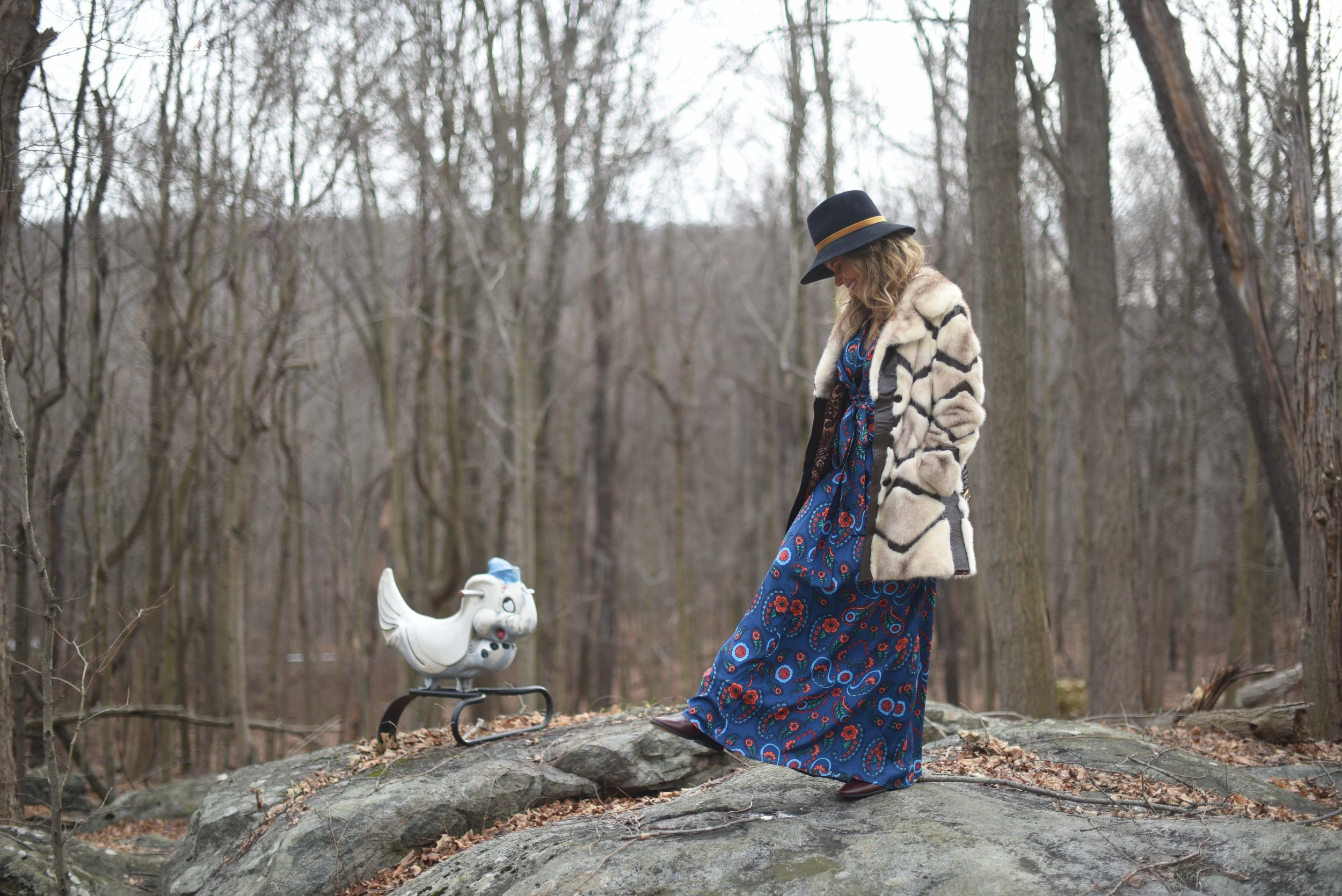 Dress Issa | hat Eugenia Kim |  Boots Isabel Marant