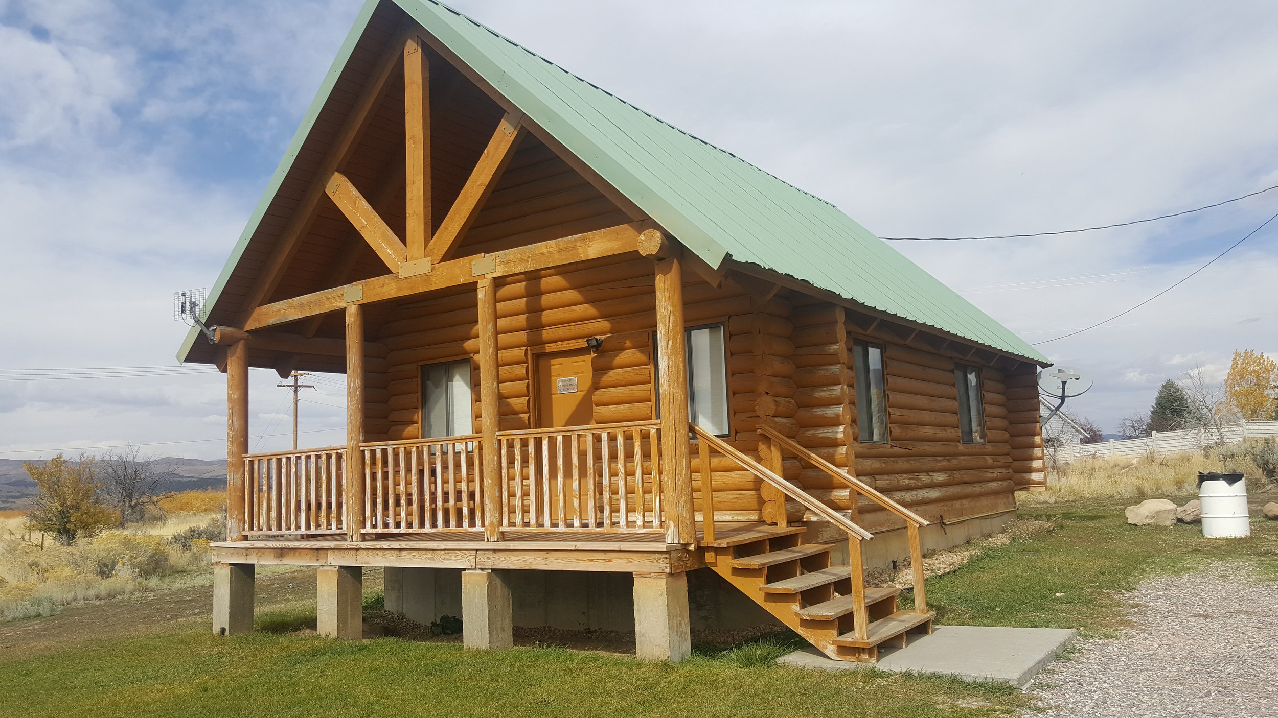 Cabin 4 (Cedar)Virtual Tour - Price List