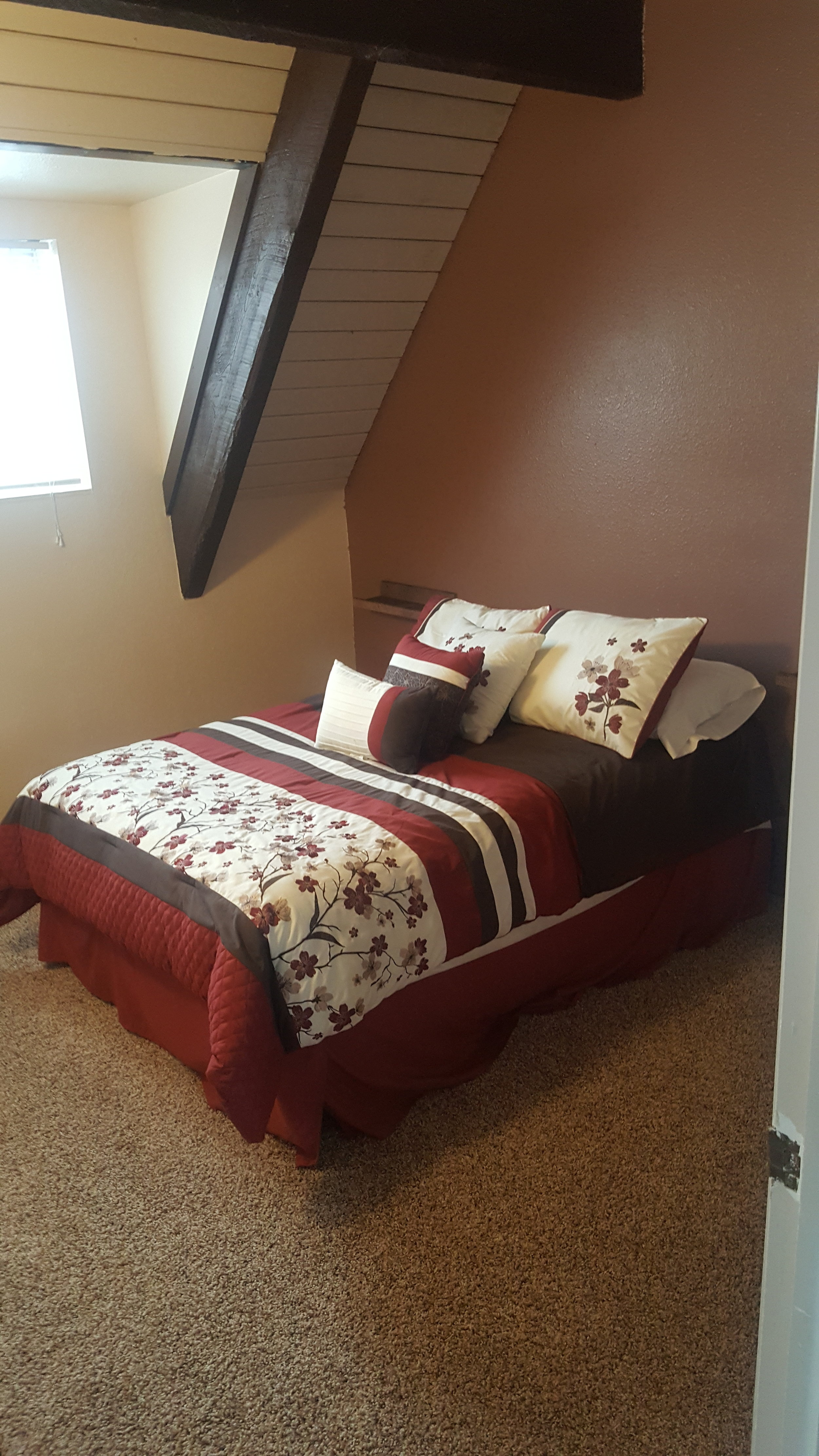1st Bedroom Upstairs-Full