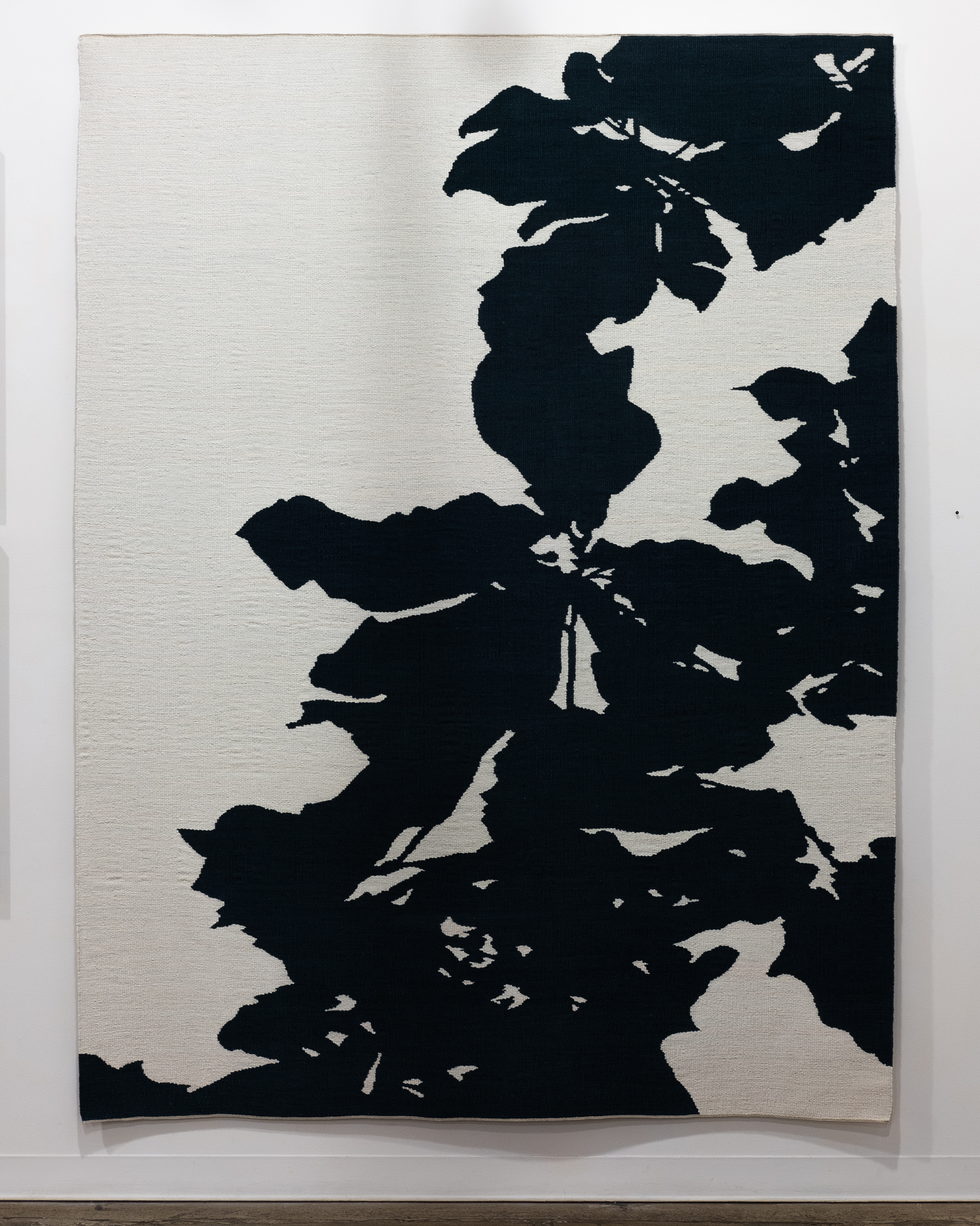 Lyn Montagne   Tripetala   dyed and woven linen 72 x 96 inches LMO 001G