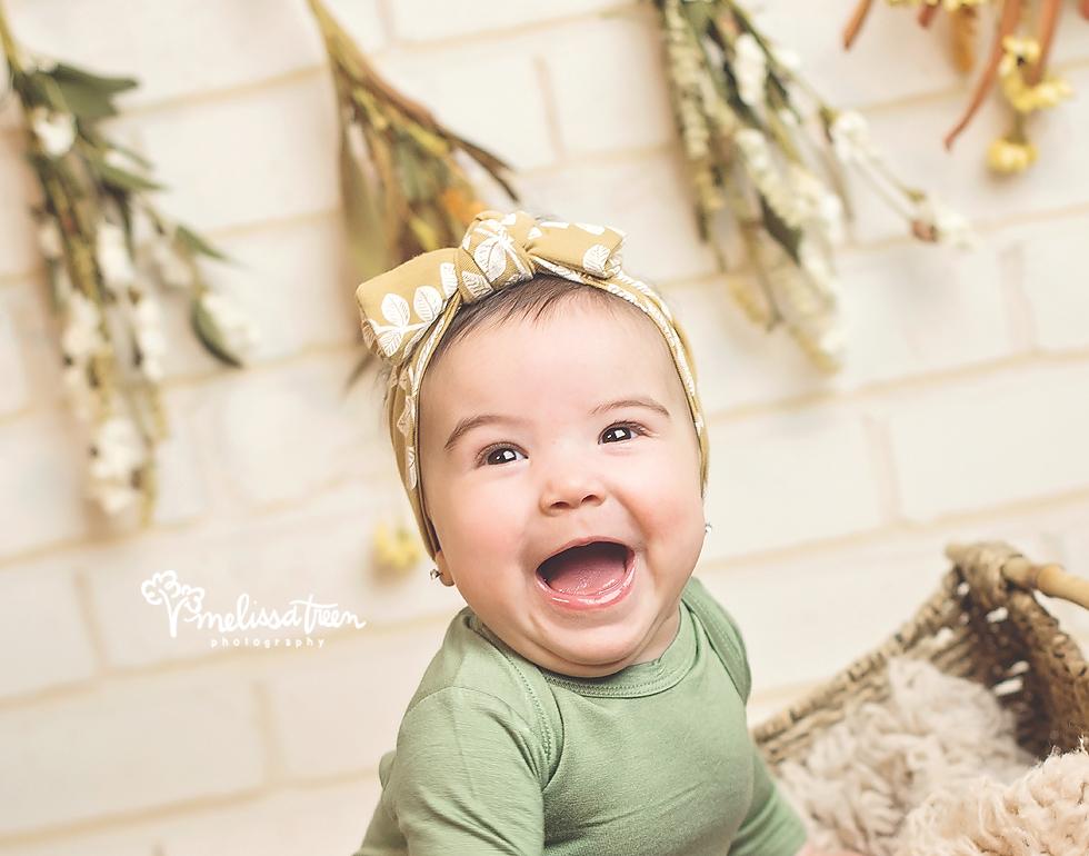 6 month baby poses greensboro newborn photographer.jpg