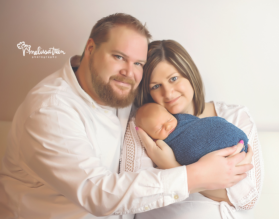 family with new baby photo greensboro north carolina photography.jpg