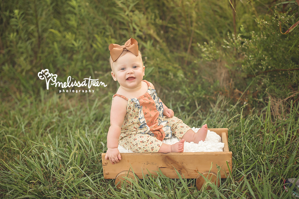 greensboro-chapel hill-photographer-happy-baby-pictures-6-months.jpg