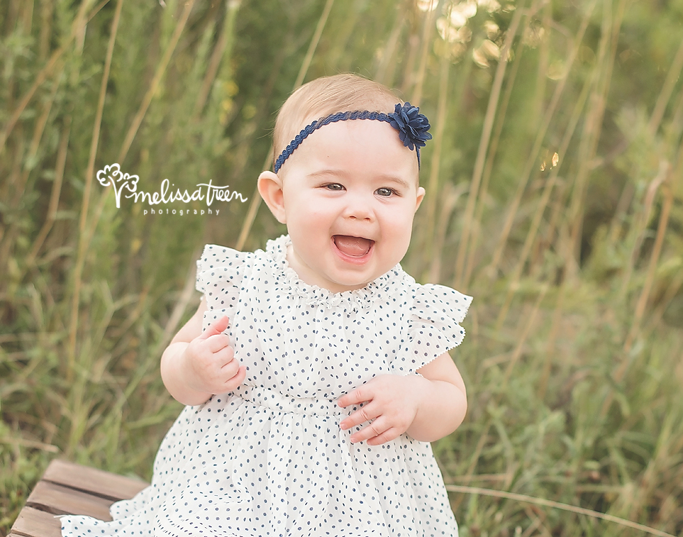 happy-6 month-baby-photo-greenbsoro-photographer-high point-mebane-elon.jpg
