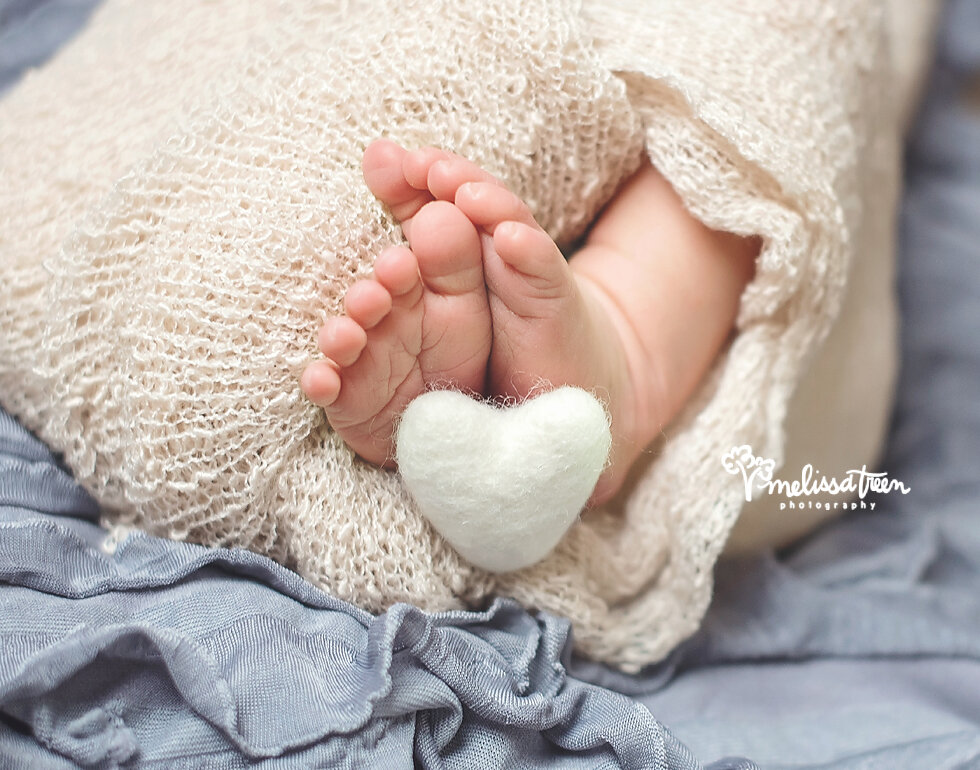 baby toes jamestown newborn photographer summerfield north carolina.jpg