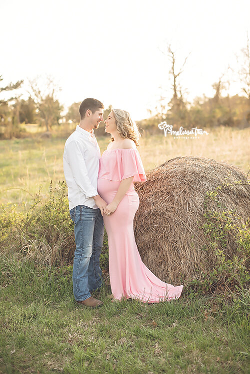 maternity-portraits-burlington-to-chapel hill.jpg