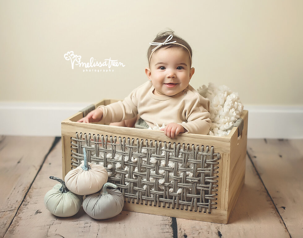 6-month-milestone-photos-greensboro-baby-photographer-mebane-chapel hill.jpg