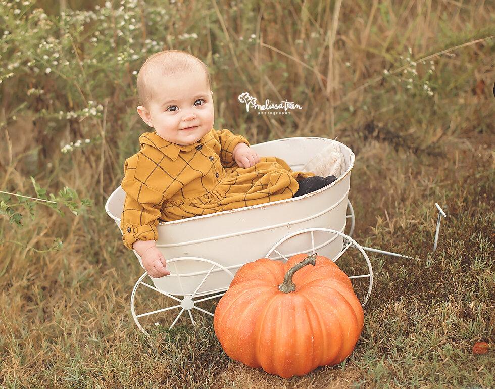 fall-baby-photos-durham-nc-photographer-mebane-family-photos.jpg