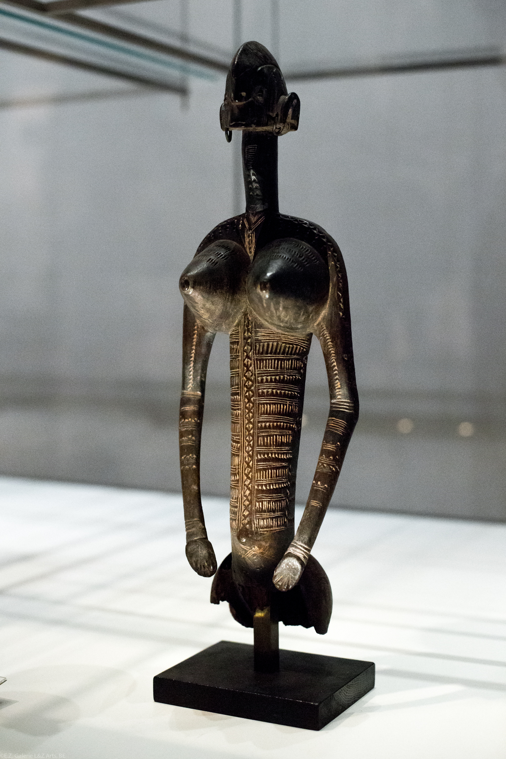 art-tribal-africain-londres-british-museum-sainsbury-galleries-bronze-benin-statue-masque-ivoire-africa-london-bini-edo-galerie-lz-arts-belgique-france-15.jpg