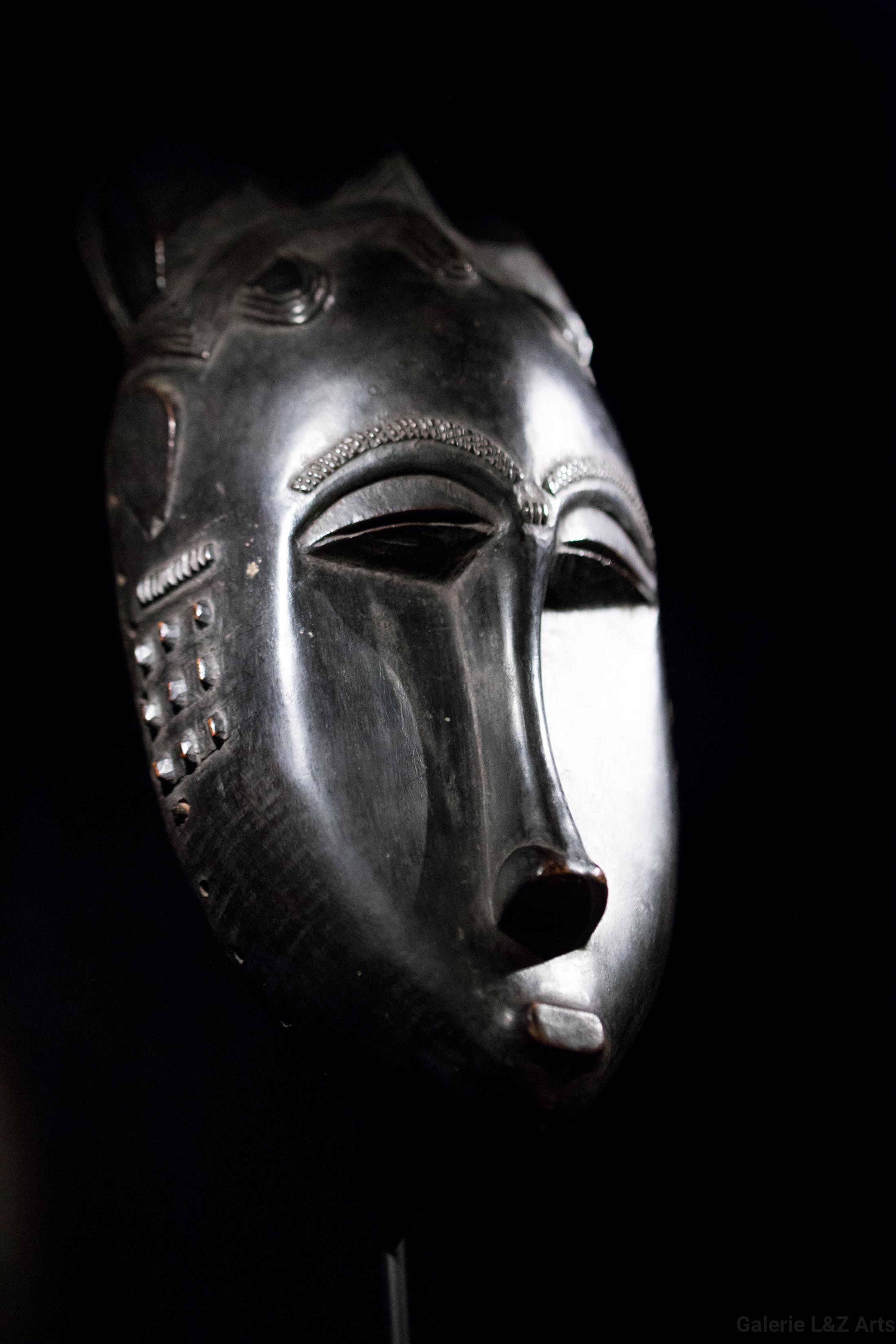 exposition-masque-art-tribal-africain-musee-quai-branly-belgique-galerie-lz-arts-liege-cite-miroir-oceanie-asie-japon-amerique-art-premier-nepal-11.jpg