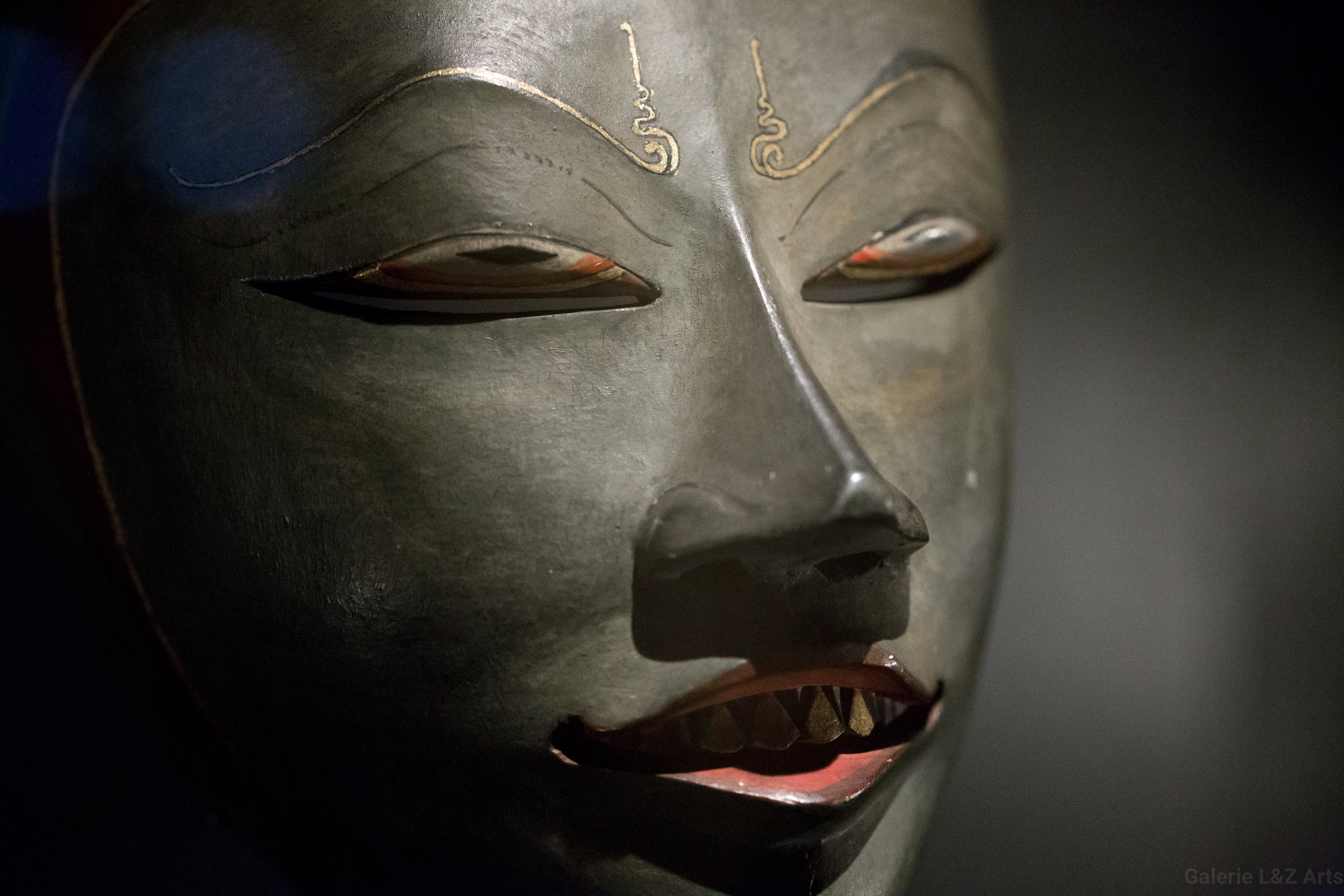 exposition-masque-art-tribal-africain-musee-quai-branly-belgique-galerie-lz-arts-liege-cite-miroir-oceanie-asie-japon-amerique-art-premier-nepal-21.jpg