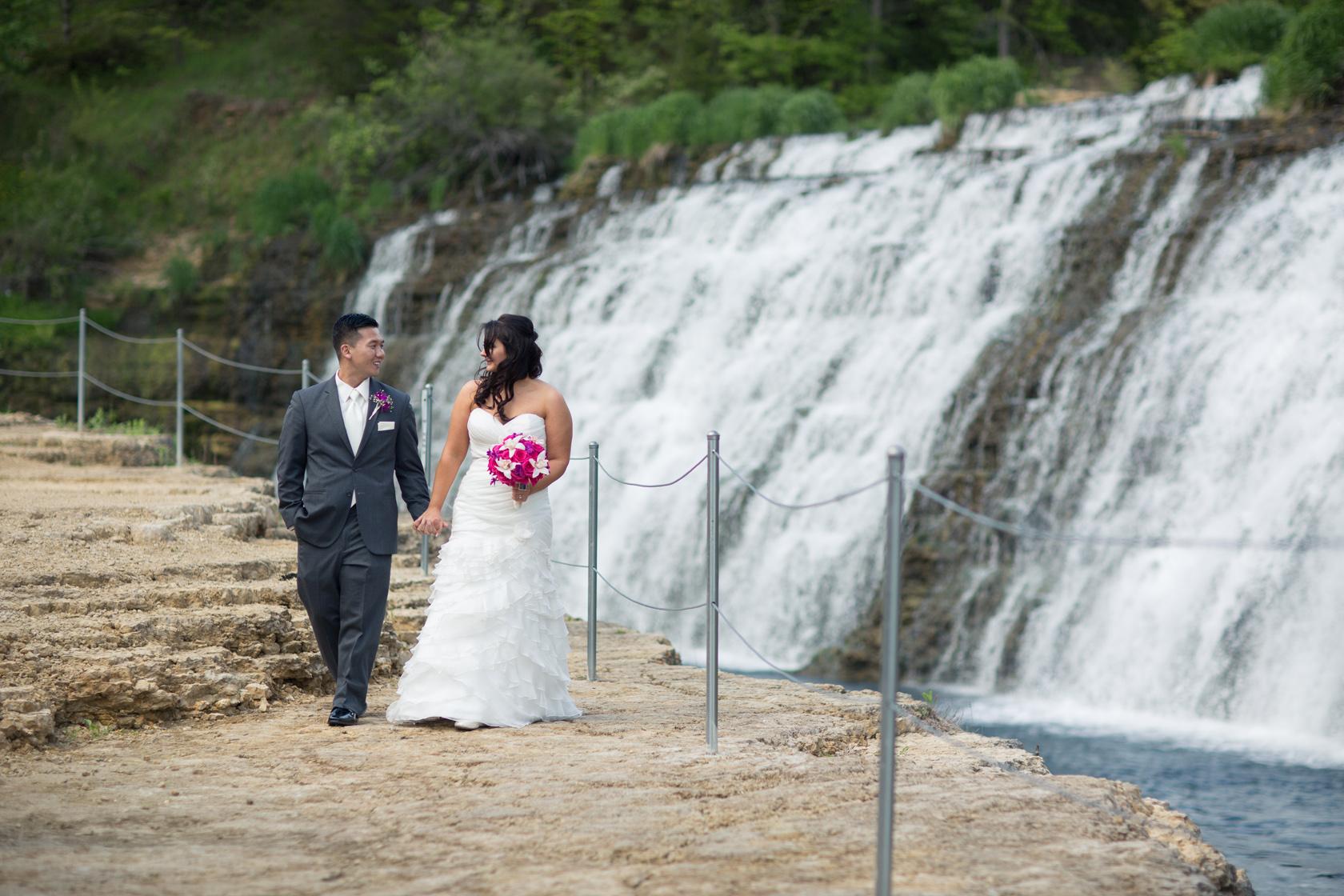 Eagle_Ridge_Resort_Wedding_Peer_Canvas_Beloit.jpg