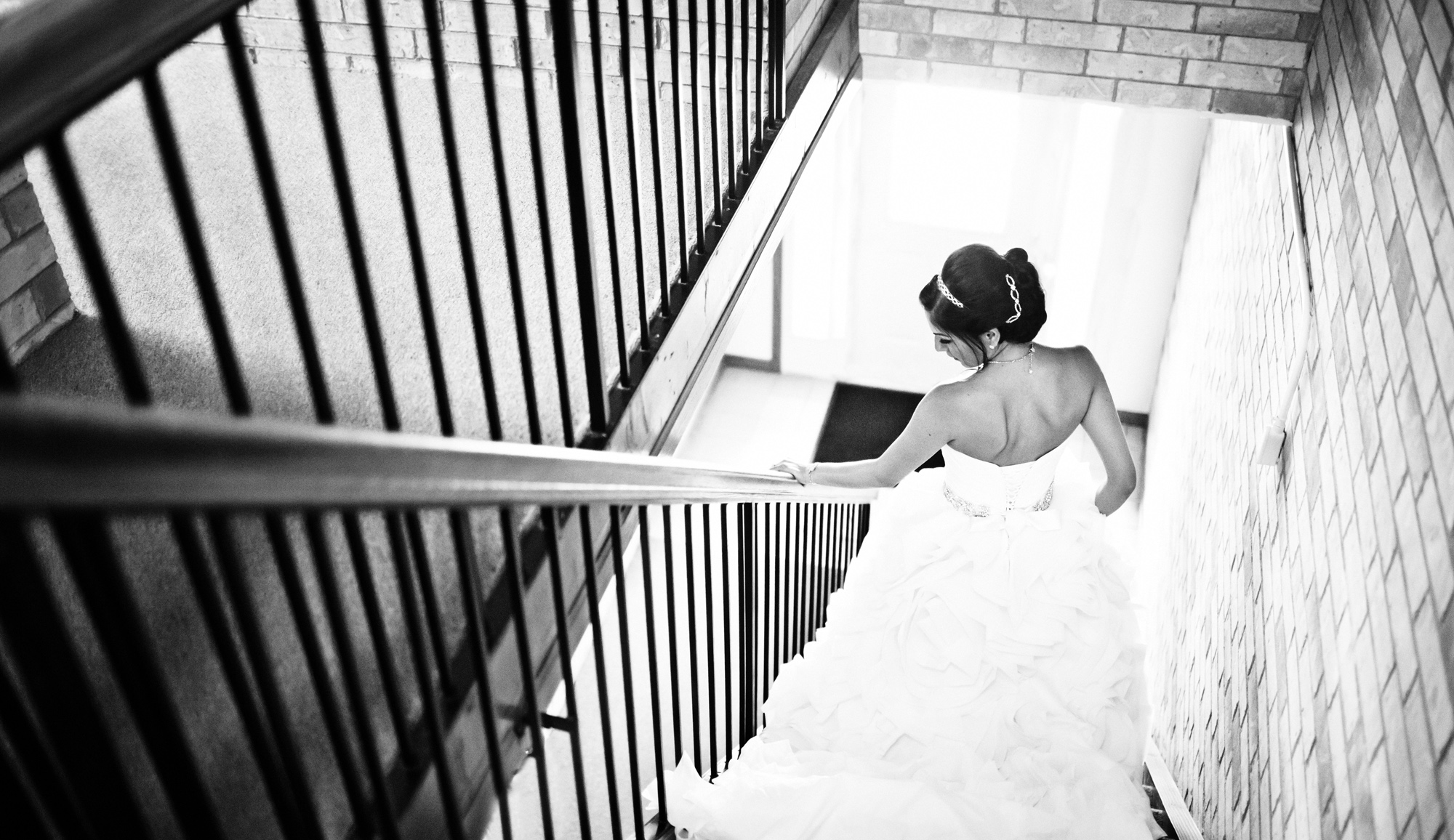 chateau_bu_sche_chicago_wedding_photographer_videographer02.jpg