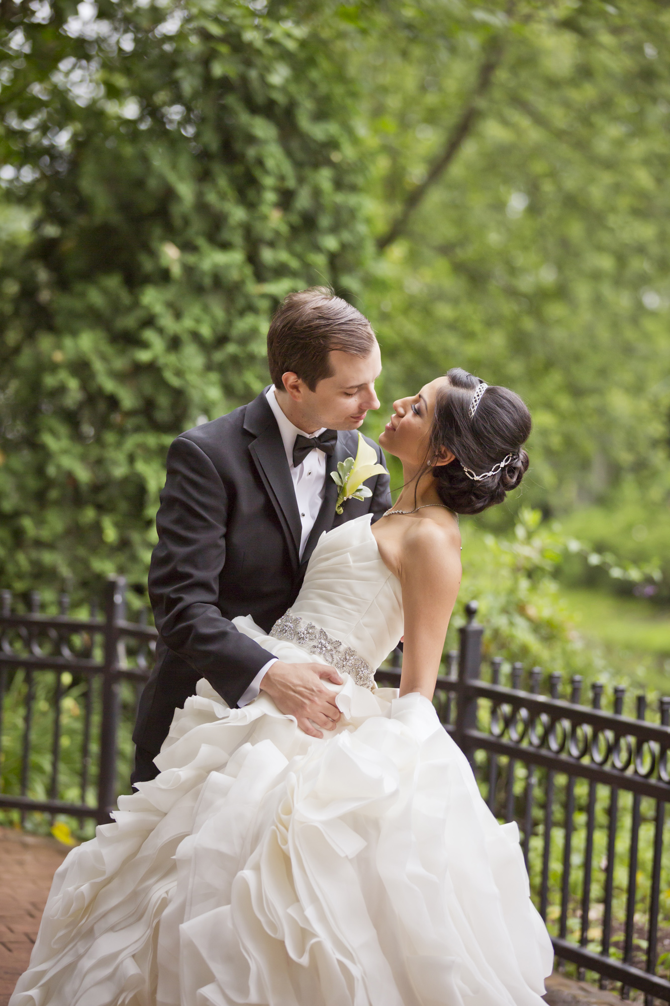 chateau_bu_sche_chicago_wedding_photographer_videographer06.jpg