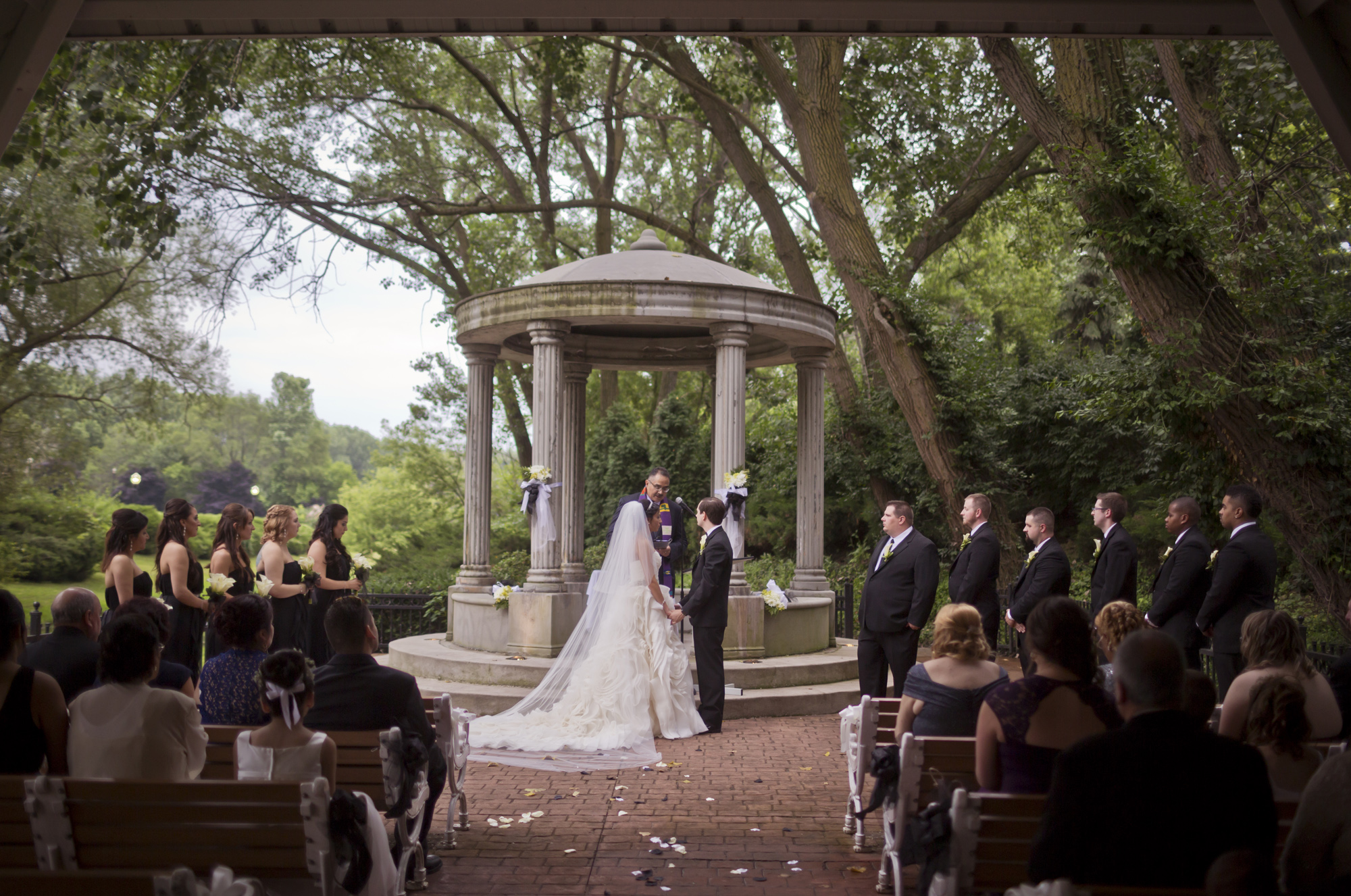 chateau_bu_sche_chicago_wedding_photographer_videographer07.jpg
