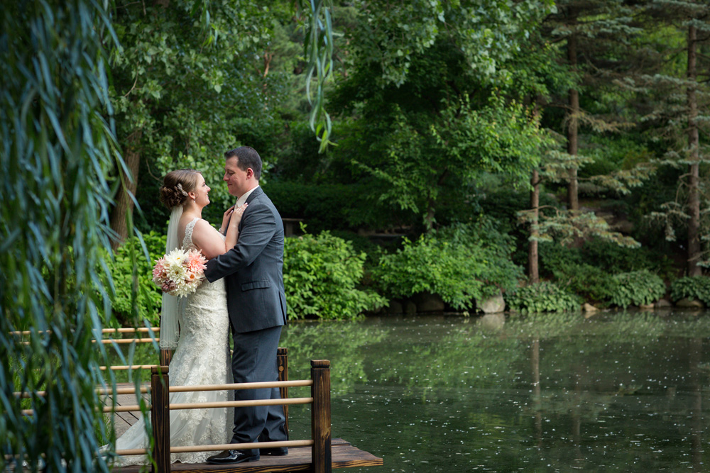 ROCKFORD ANDERSON GARDENS WEDDING PHOTOGRAPHER