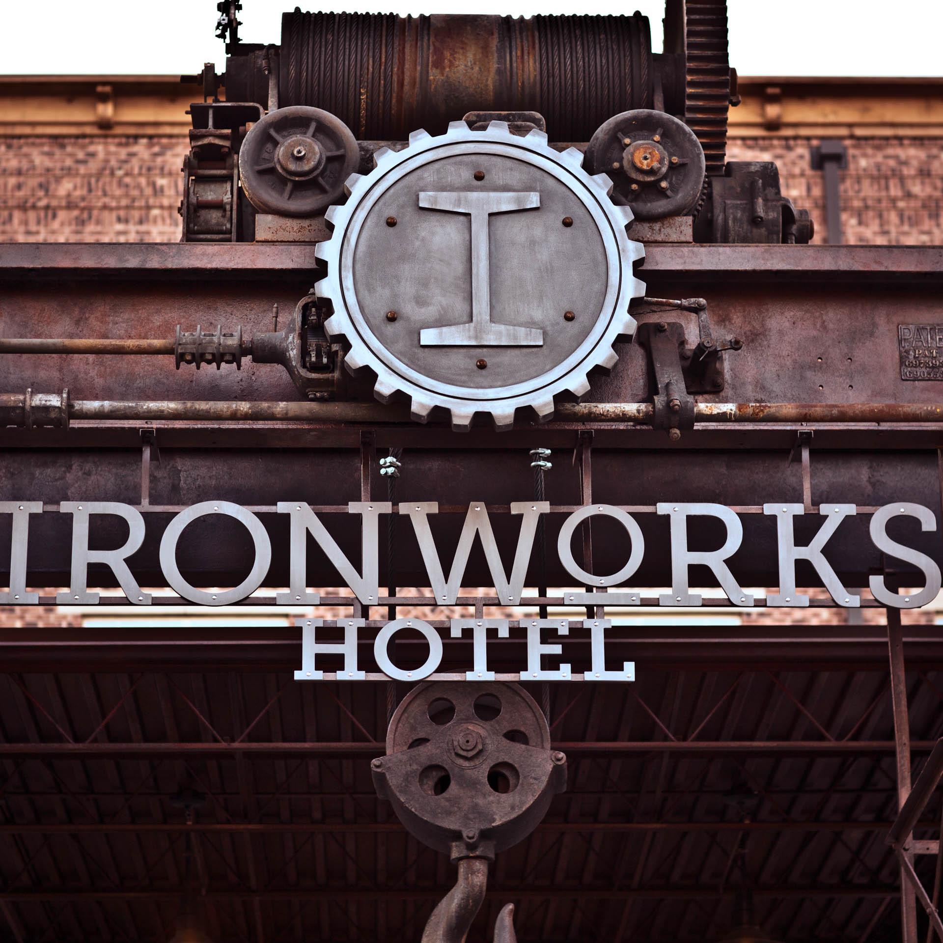 Ironworks Hotel Merrill Houstons Steakjoint Peer Canvas | 025.jpg