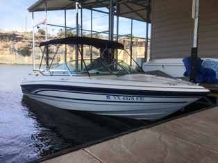1999 Chaparral 9 Person | 240hp | 19.3ft