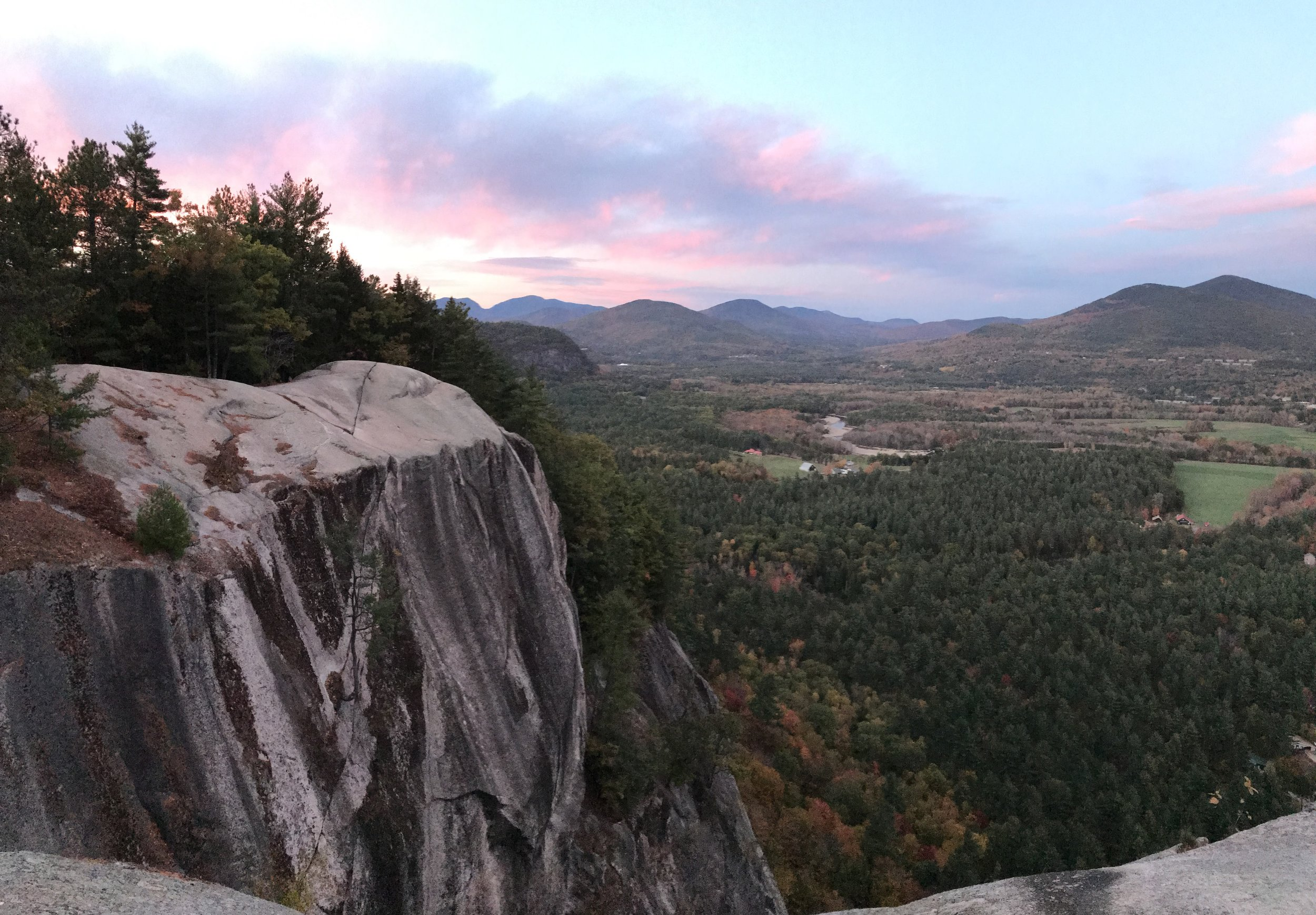 Watching sunrise in New Hampshire was the highlight of my trip. Fall colors last year weren't as good as usual according to locals, so I guess I'll just have to do it all over again soon. Yay!