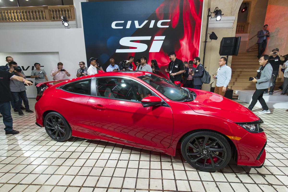Honda_Civic_Si_Prototype_08.jpg