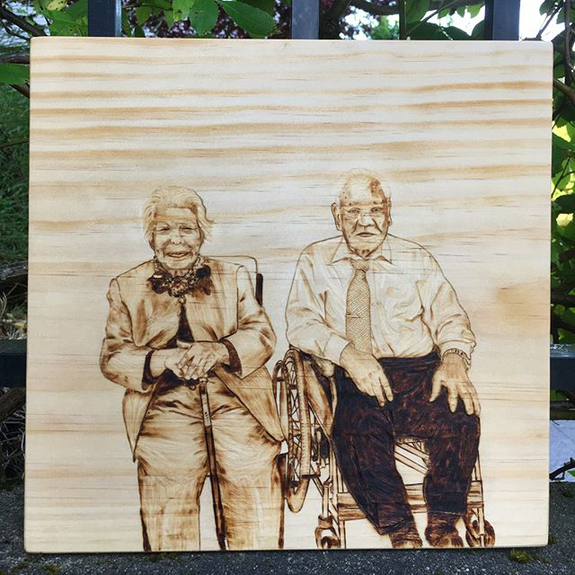 This is arriving to a client in SF today! ▫️ ▫️ ▫️ #customportrait #woodburnedart #pyrographyportrait #pyrographyart #pyrographyartist #woodburned #woodburning #woodworking #woodart #portrait #custommade #woodburningart #pnwartist #seattleartist #womeninwoodworking