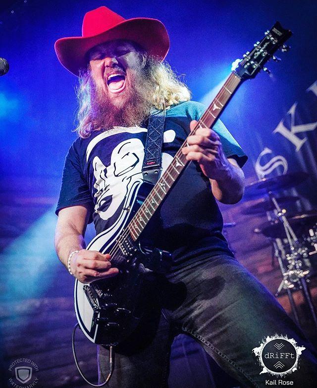 @agoodrogering last #show of #2019 #austintx August 16th @comeandtakeitlive 8pm  With @sarlush @inchofdark @wellbornroad @shadow_ministry  Photo @drifft.kail  @treganguitars @agoodrogeringfanpage  #redhat #cowboy #treganguitars #pepelepew #rocker #beardedfucker #longhair #screaming #metalaf #skunkguitar #customguitar #guitarist #austinguitarist #atxmusic @skunkfest #skunkfest #skunkfestaustin #skunkfest2019
