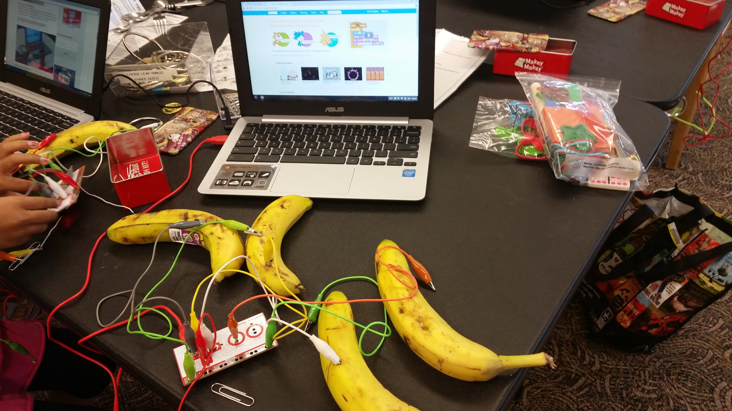 [' Foster Library's Makey Makey Banana Controller ' by  Washington State Library  licenced under  CC BY-NC 2.0 ]
