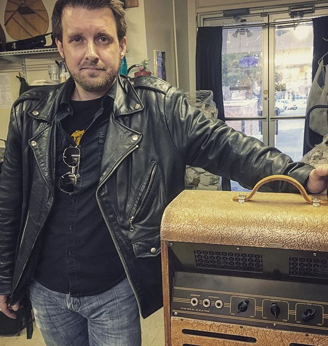 There's a lot of folks that make what I do possible. Special shout out today to my amp tech Darren Campbell at @jensenguitars #amp #guitaramp #tubeamp #tubes #valves #colorado #guitar #tone #technician #withgreatpowercomes #highvoltagesthatmaystilllingerwithinthechassis #dontbestupid #takeittoaprofessional #gettingshockedsucks