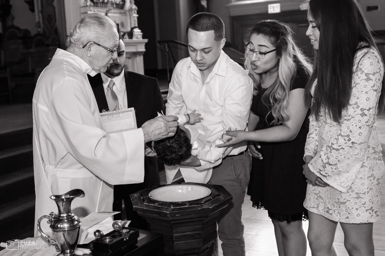 zuzapixphotography-familyphotography-baptismphotographer-chicago-3.jpg