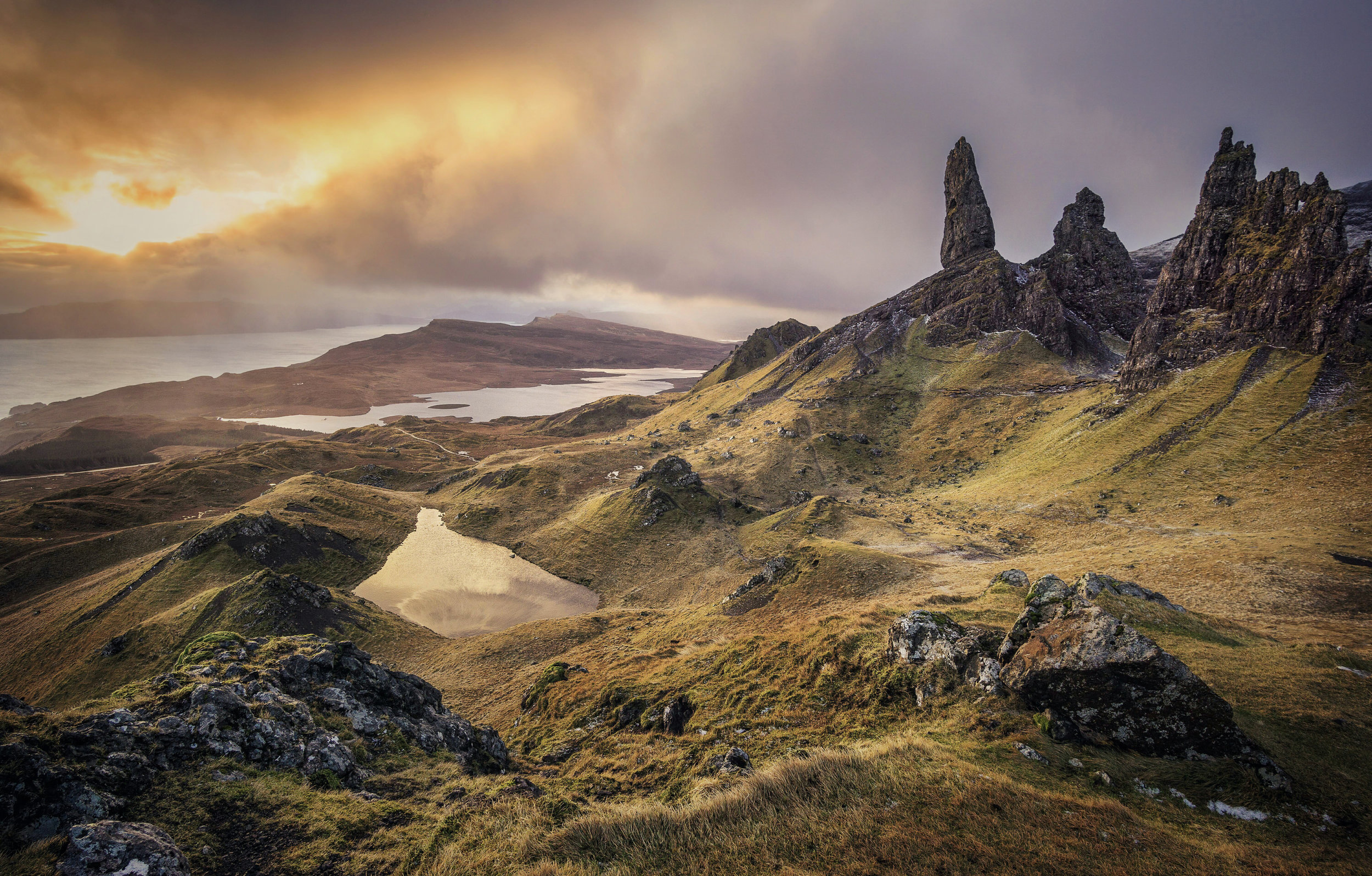 Old Man of Storr on the Isle of Skye.jpg