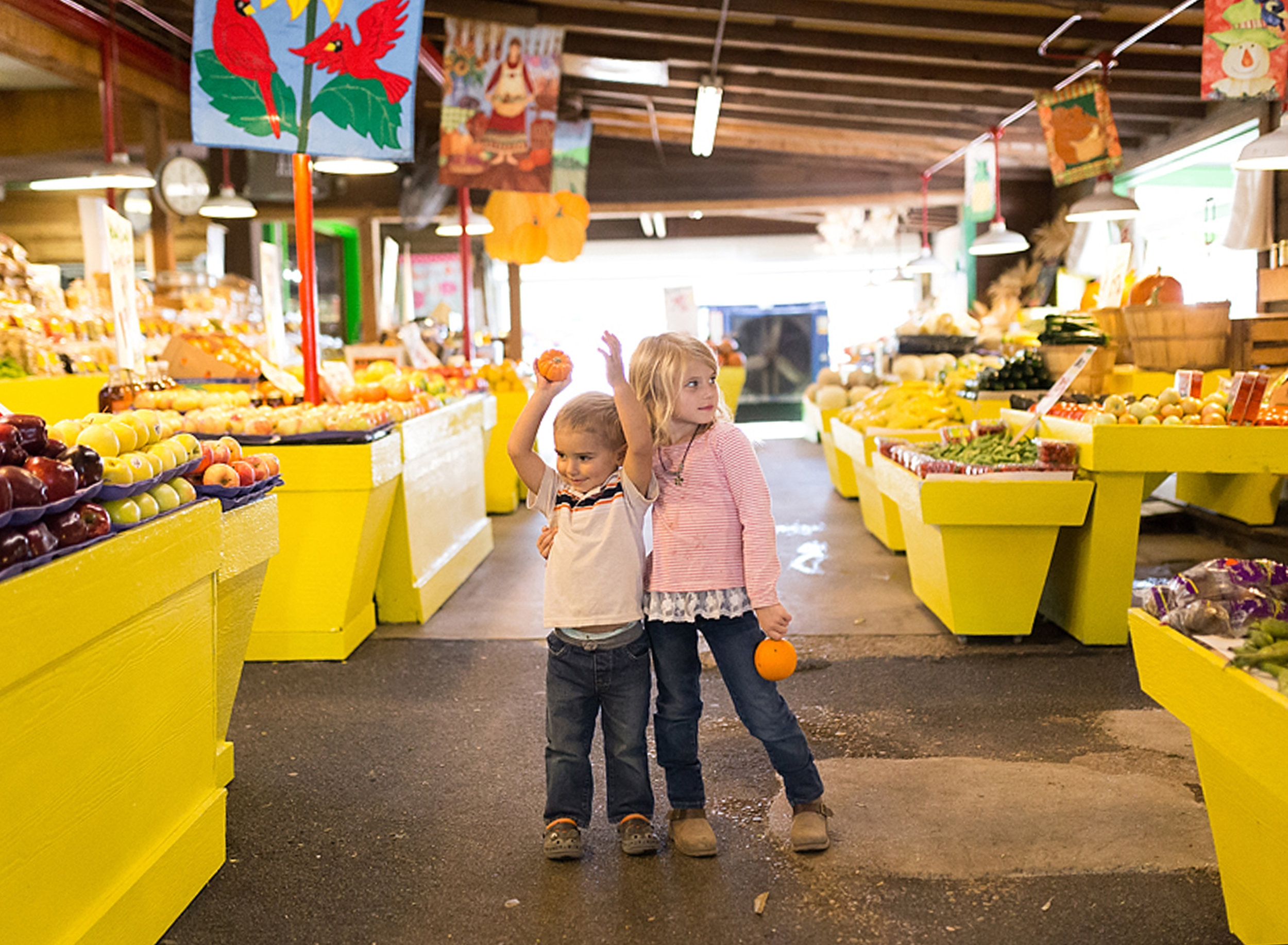 college station family photographer fall produce market