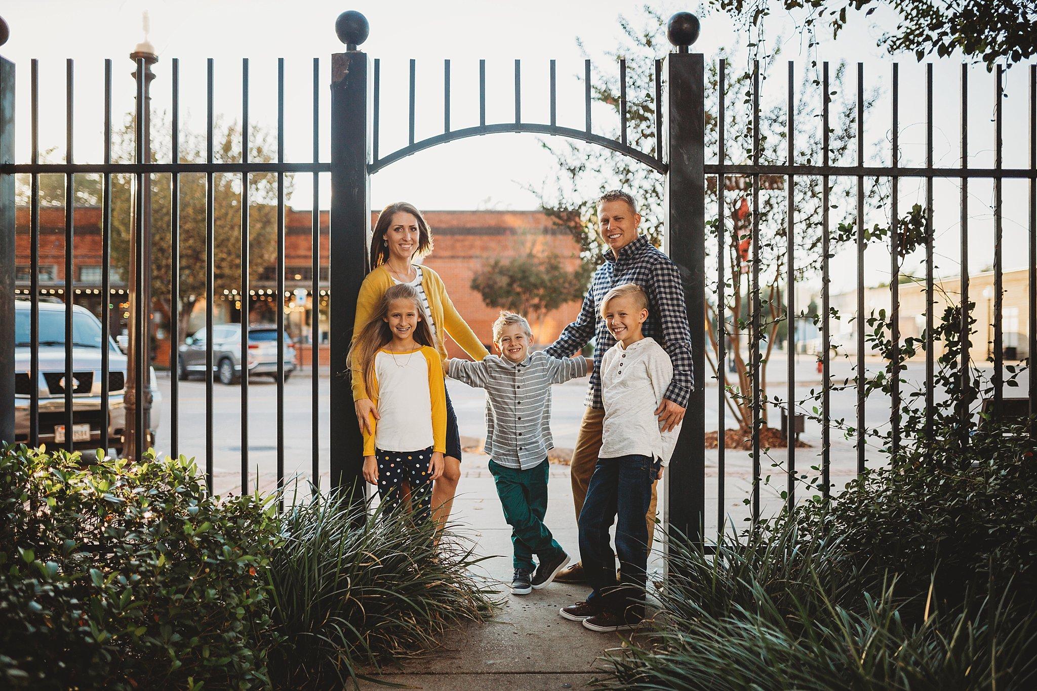 familyphotographer1.jpg