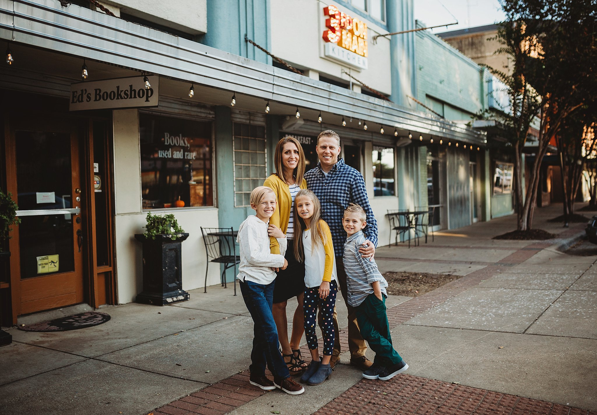 downtown Bryan, family photos, college station photographer