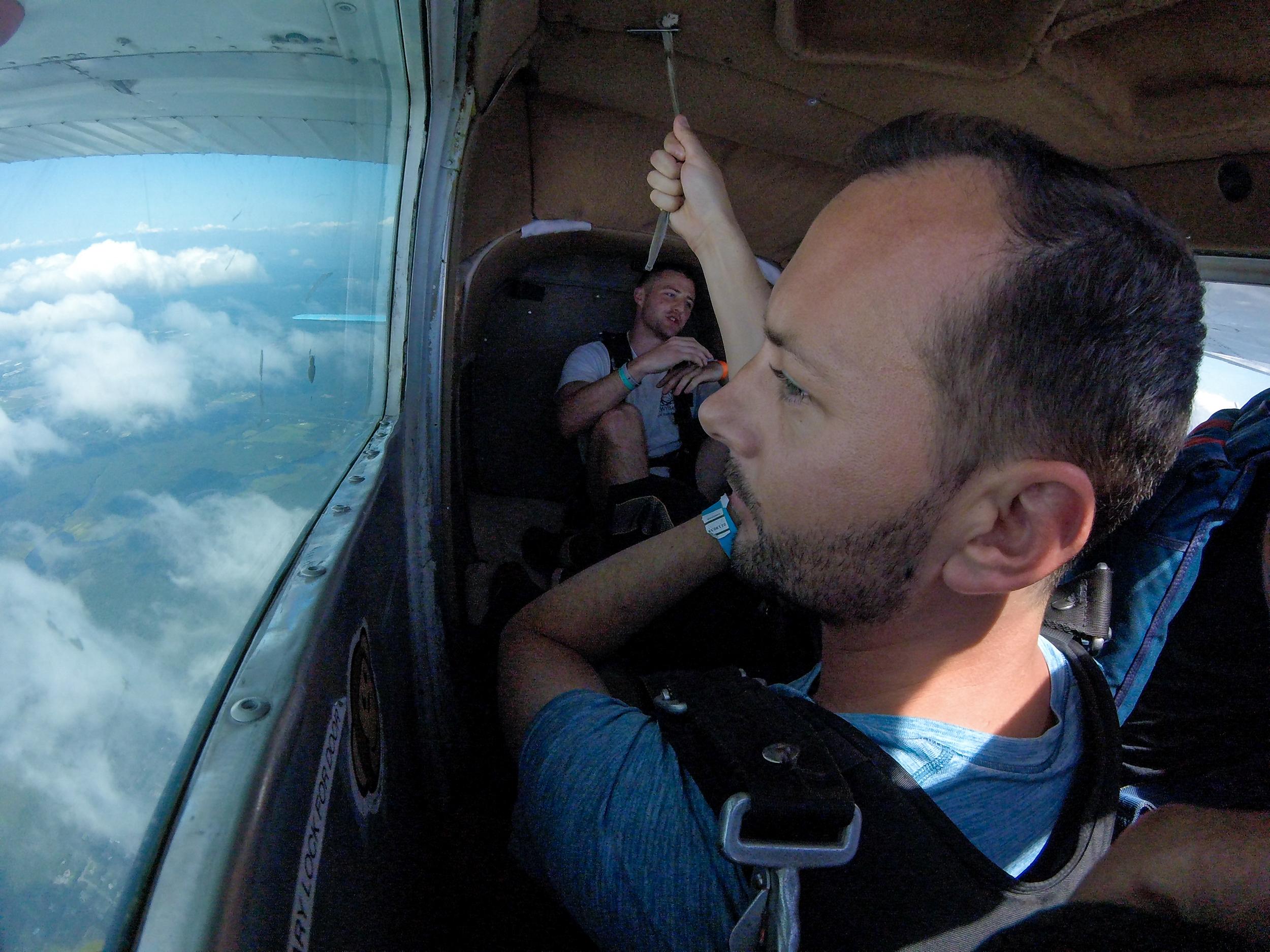 Austin - Skydiving-21.jpg