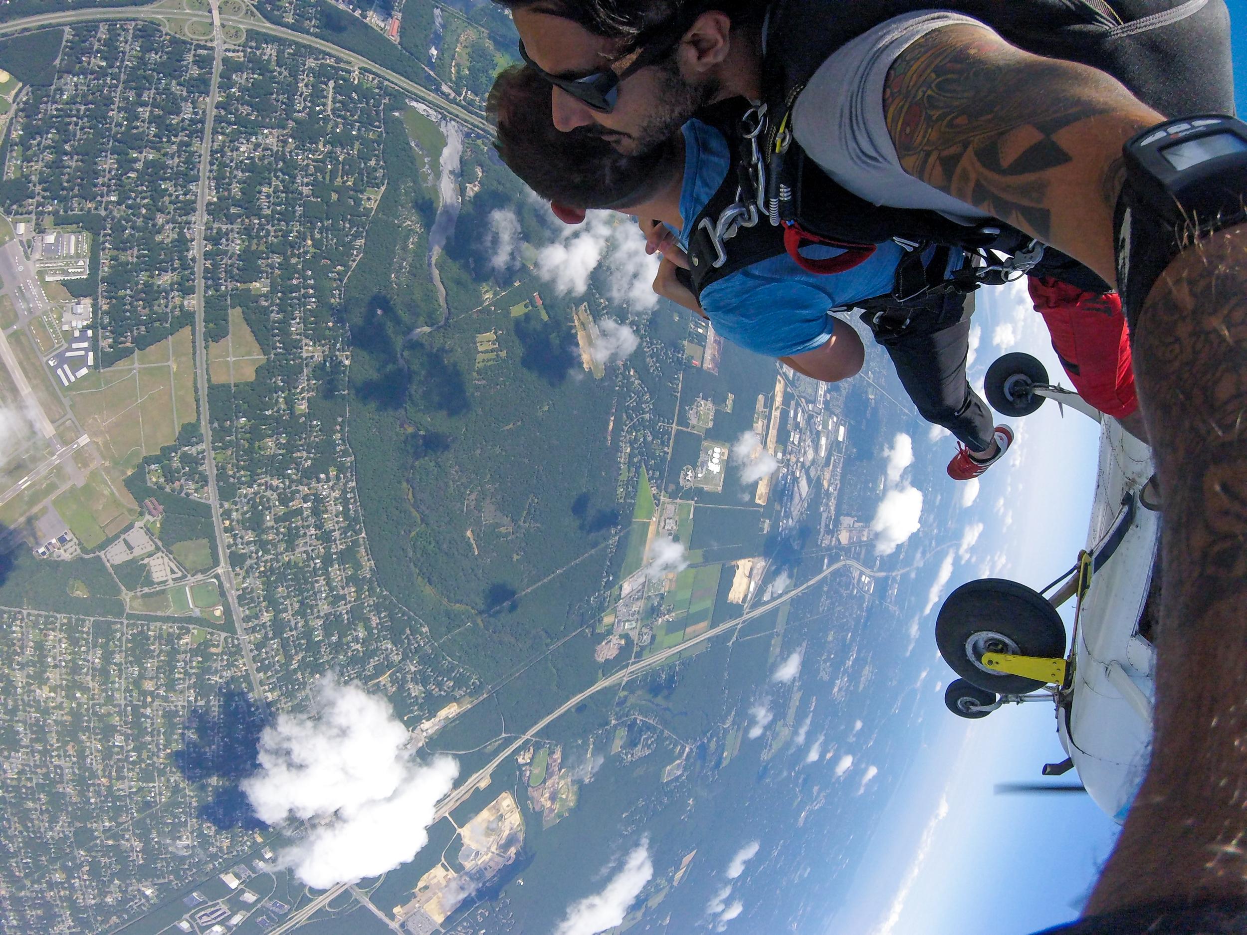 Austin - Skydiving-19.jpg
