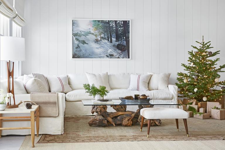 mountain-magic-living-room-1217.png