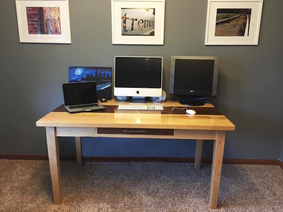 Desk Full View.jpg